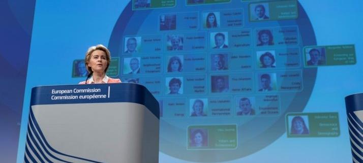 Presentasjon av kommisærene